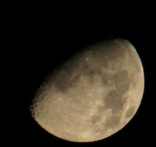 Moon20140904_2333sw_95moons